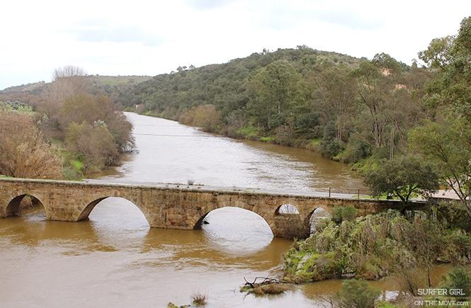Ponte sobre o Ponsul