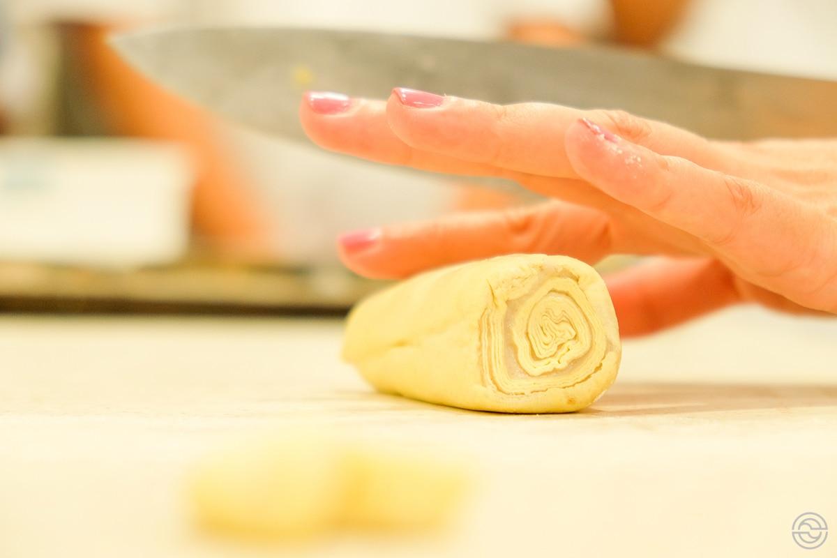 Workshop Pastel de Nata Cortar Massa