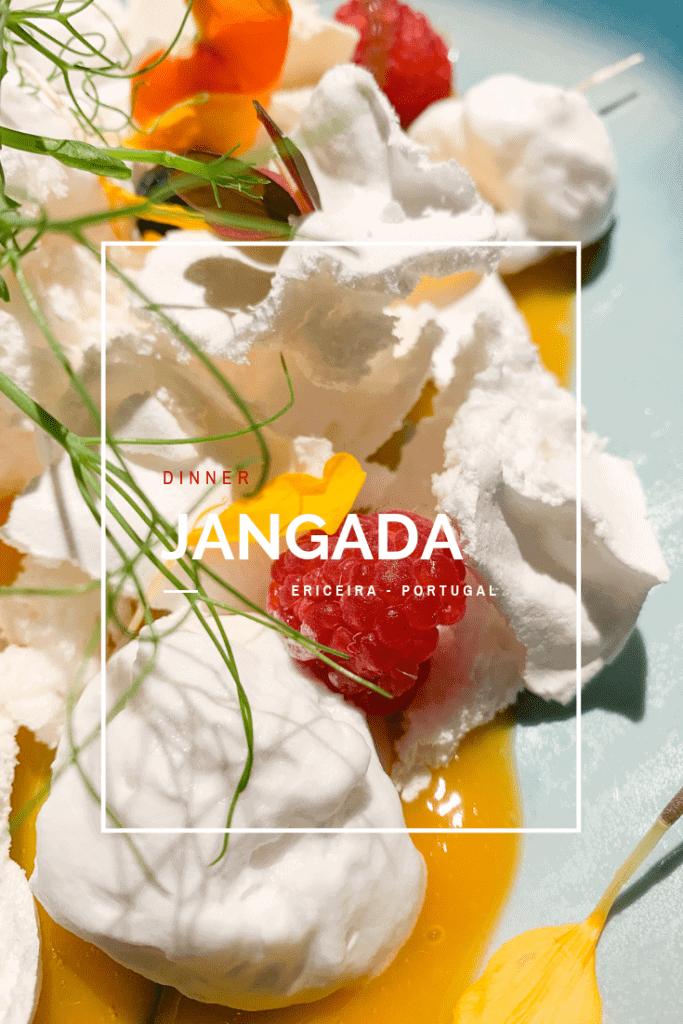 Em terra de surf e pescadores, o restaurante Jangada oferece novos sabores num ambiente descontraído. Para experimentar na Ericeira, Portugal.