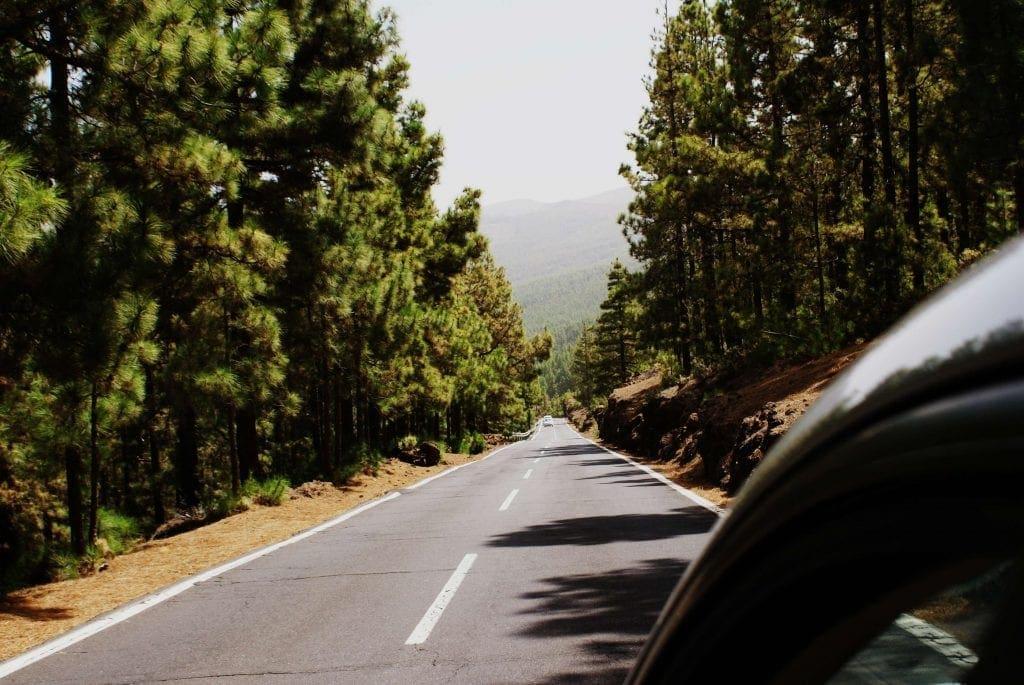 estrada em tenerife road in tenerife