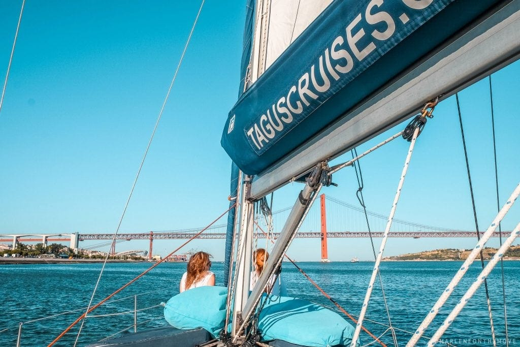 A bordo do veleiro TagusCruises - On board the sailboat