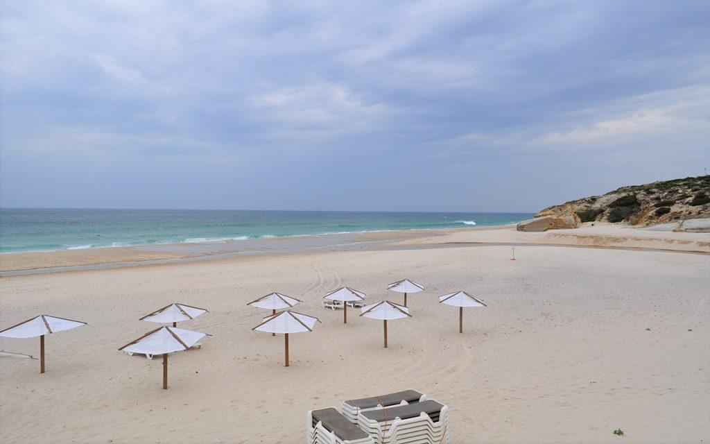 Praia D'El Rey - O Berço do Mundo